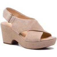 Sandały CLARKS - Maritsa Lara 261401204 Sand Suede, kolor beżowy