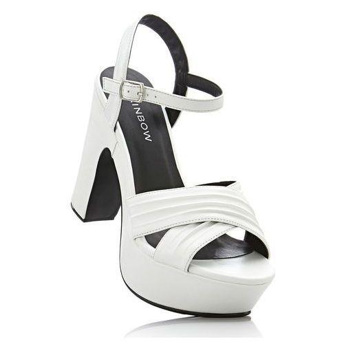 Sandały na podeszwie platformie biały marki Bonprix