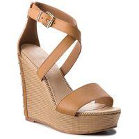 Sandały TOMMY HILFIGER - Feminine Wedge Sandal Stars Studs FW0FW02236 Summer Cognac 929