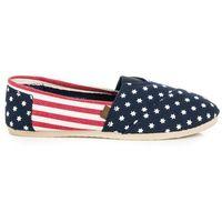 Stylowe tekstylne obuwie