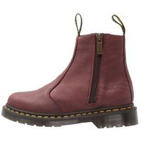Dr. Martens ZIPS GRIZZLY Botki cherry red