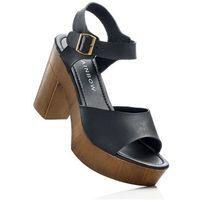 Sandały na podeszwie platformie bonprix czarny, w 6 rozmiarach