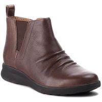 Botki CLARKS - Un Adorn Mid 261368624 Dark Brown Leather, kolor brązowy