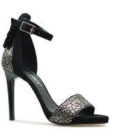 Sandały 2496/126-p czarne/srebrne zamsz marki Karino