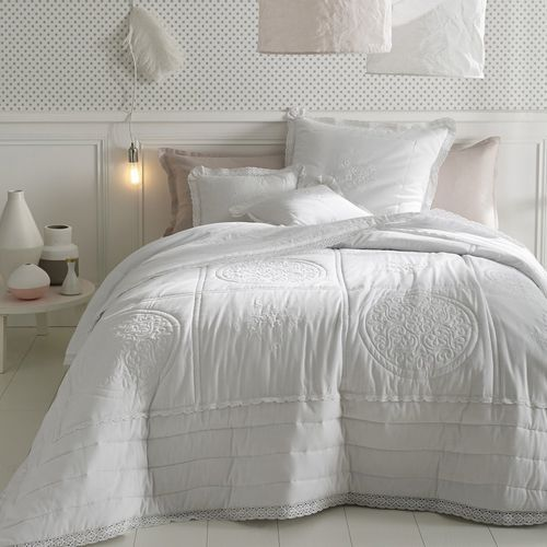 Pikowana i haftowana bawełniana narzuta na łóżko oyena marki La redoute interieurs