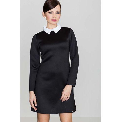 Czarna elegancka trapezowa sukienka z białym koszulowym kołnierzykiem marki Katrus