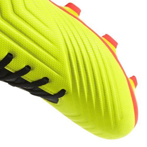 Buty predator 18.4 flexible ground db2005 marki Adidas