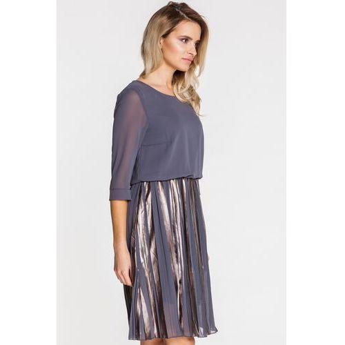 Zwiewna sukienka z metalicznymi plisami - Jelonek