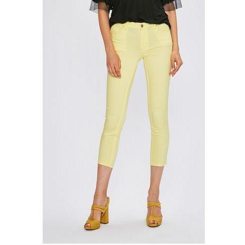 - jeansy marki Silvian heach