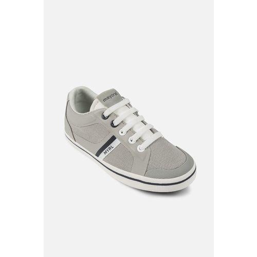 - buty dziecięce 31-35 marki Mayoral