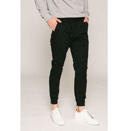 - spodnie 12132680 marki Jack & jones