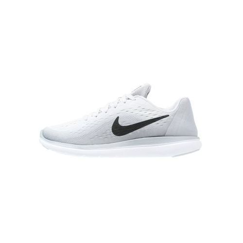 Nike Performance FLEX RUN 2017 Obuwie do biegania startowe pure platinum/black/wolf grey (0886916159076)