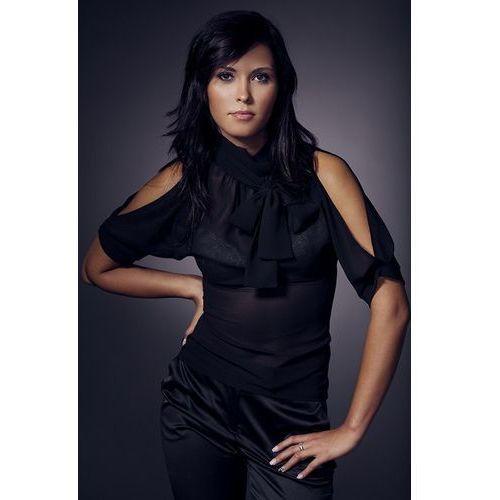 Półgolf z kokardka i rozcięciami na ramionach - czarny - B01, kolor czarny