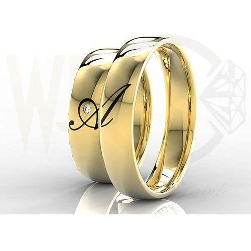 Obrączki ślubne złote z brylantem 0,02ct (para) z inicjałami wykonanymi w emalii ob-02z marki Węc - twój jubiler