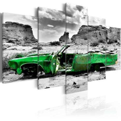 Artgeist Obraz - zielony samochód w stylu retro na pustyni kolorado, kategoria: obrazy