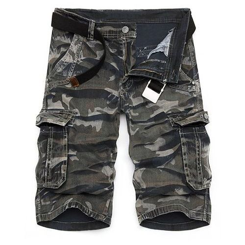 Rosewholesale Camo print multi-pocket loose fit straight leg zipper fly cargo shorts for men