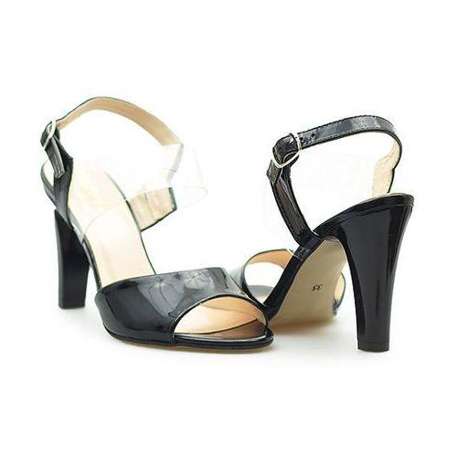 Sandały 35-3599-121/00f-1g czarne lakier marki Eksbut