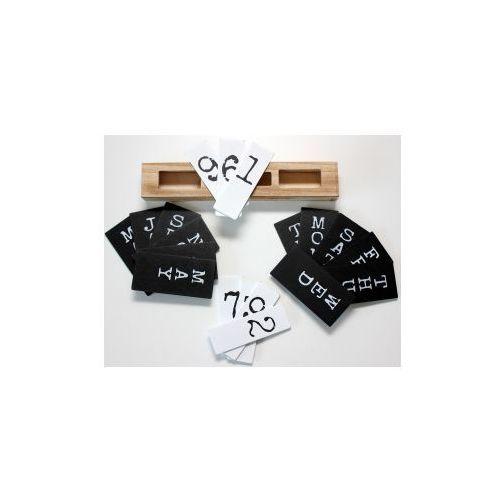 Kalendarz drewniany biało - czarny 30x5.5x13 cm marki Pozostali