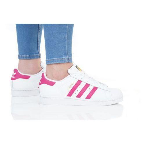 originals superstar foundation tenisówki i trampki white/bold pink marki Adidas