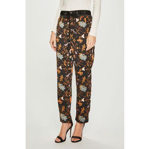 - spodnie marki Silvian heach