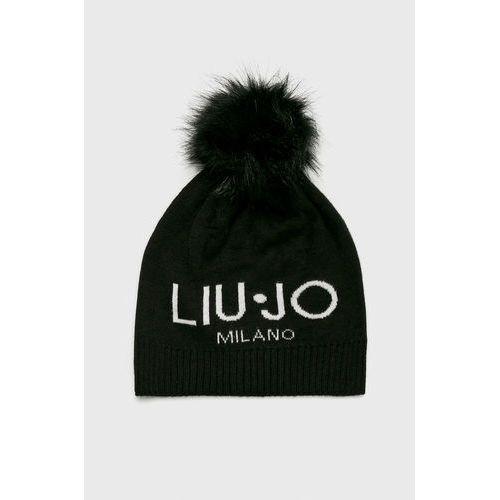 - czapka marki Liu jo