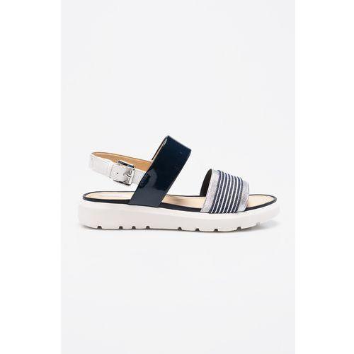- sandały marki Geox