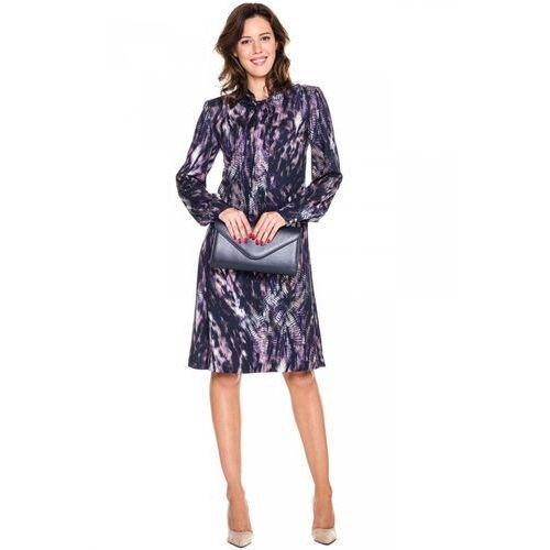Metafora Sukienka w fioletowe wzory z szarfą -