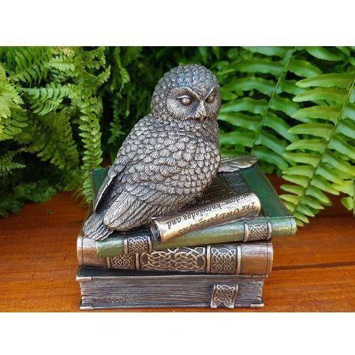 Figurka sowa na książkach - szkatułka  (wu75510a4) marki Veronese