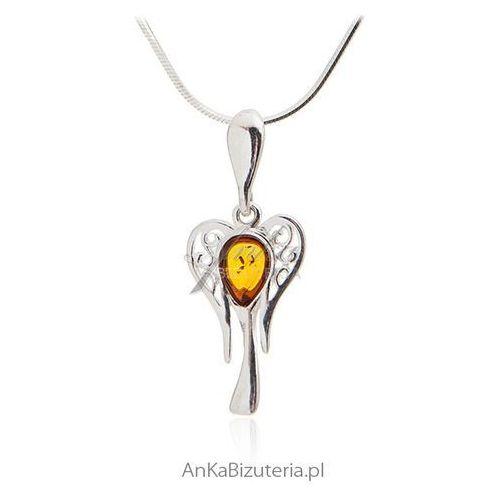 Piękna zawieszka anielica - biżuteria srebrna z bursztynem marki Anka biżuteria