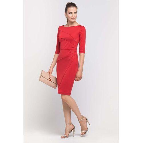 Czerwona Sukienka Ołówkowa z Ozdobnymi Przeszyciami
