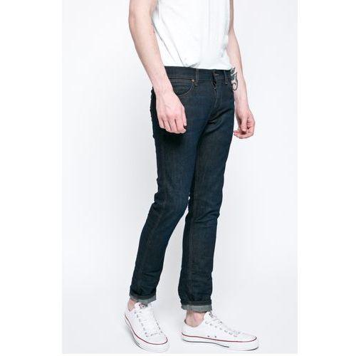 - jeansy spencer marki Wrangler