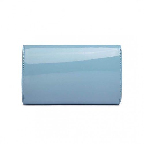 Lakierowana, gładka kopertówka błękitny