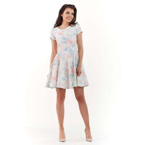 Sukienka w kwiaty z rozkloszowanym dołem - pastelowa marki Infinite you