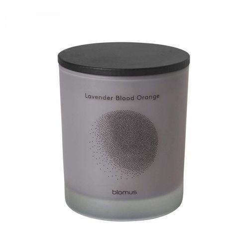 Blomus Świeca zapachowa flavo 9 cm lavender blood orange (4008832658068)