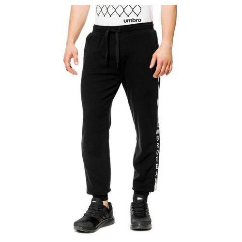 spodnie spruce marki Umbro