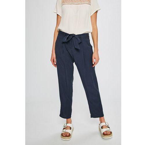 - spodnie stripes vibes marki Answear