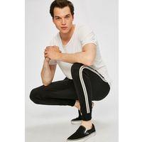 - spodnie marki Blend