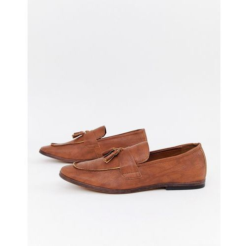 New look faux leather loafers with tassels in tan - tan