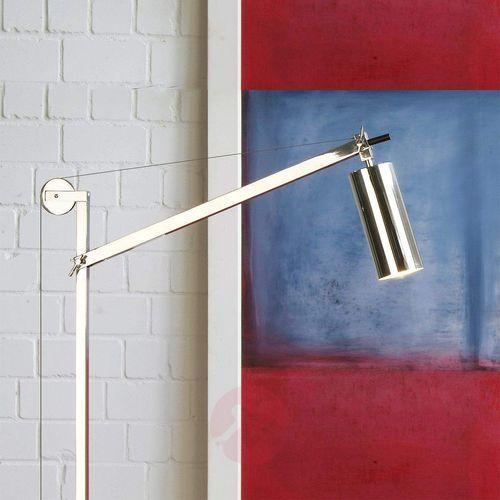 - lampa podłogowa w stylu bauhaus marki Tecnolumen