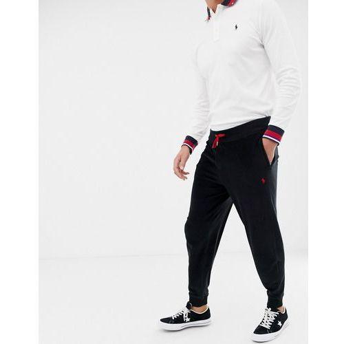 7de44ac9c Spodnie męskie · Polo Ralph Lauren velour cuffed joggers with player logo  in black - Black, w 3
