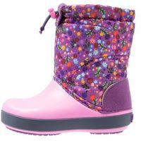 Crocs CROCBAND LODGEPOINT GRAPHIC RELAXED FIT Śniegowce amethyst/party pink (0887350997491)