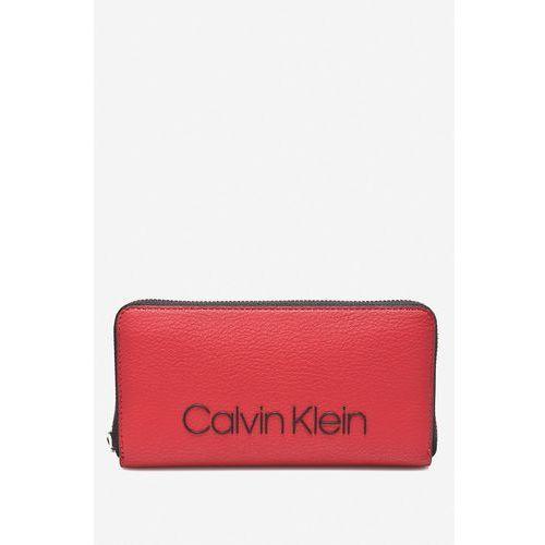 - portfel marki Calvin klein