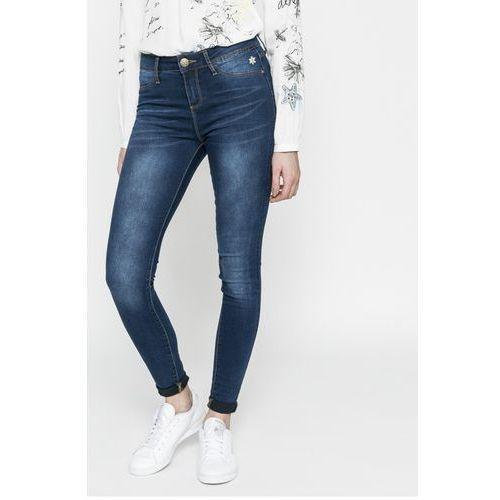 - jeansy irati marki Desigual
