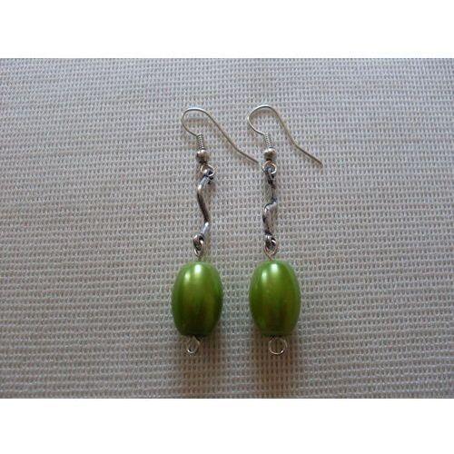 K-00165 Kolczyki z zieloną oliwką, kolor zielony