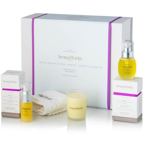 rejuvenating rose indulgence gift set, marki Aromaworks