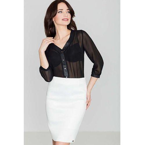 Elegancka czarna bluzka na guziki z dekoltem