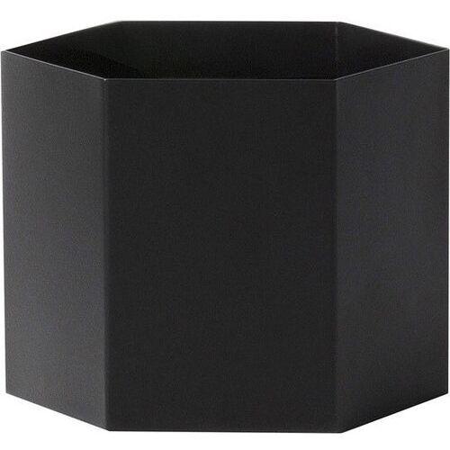 Osłonka na doniczkę hexagon xl czarna marki Ferm living