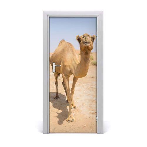 Naklejka samoprzylepna na drzwi wielbłąd na pustyni marki Tulup.pl