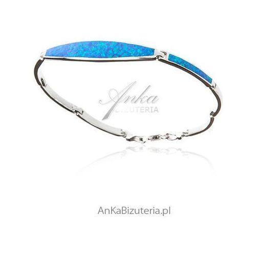 Elegancka bransoletka srebrna z niebieskim opalem, kolor niebieski