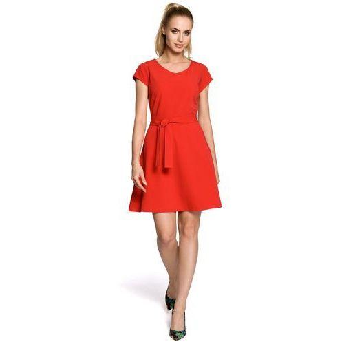 Czerwona rozkloszowana sukienka podkreślająca figurę z krótkim rękawem MOE246